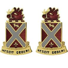 118th Field Artillery Regiment Unit Crest (Nescit Cedere)