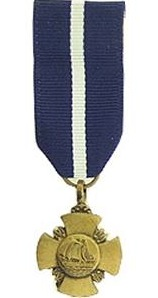 navy cross miniature military medal