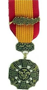 Vietnam Gallantry Cross miniature military medal